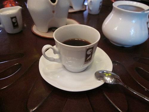 Гейзерная кофеварка позволит в любое время насладиться чашечкой ароматного кофе