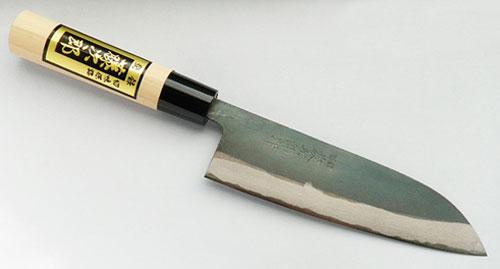 Главное достоинство японского ножа – сталь лезвия