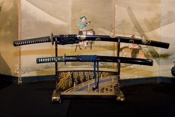 Многие музейные экспонаты действительно использовались в бою или для проведения церемоний