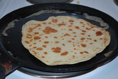 Блинная сковорода используется только для выпекания блинов и оладий